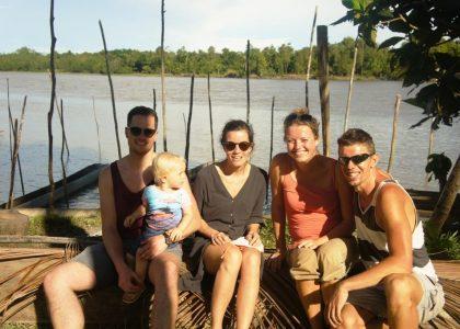 Een weekje in de swamp en het leven van de Muldertjes in PNG